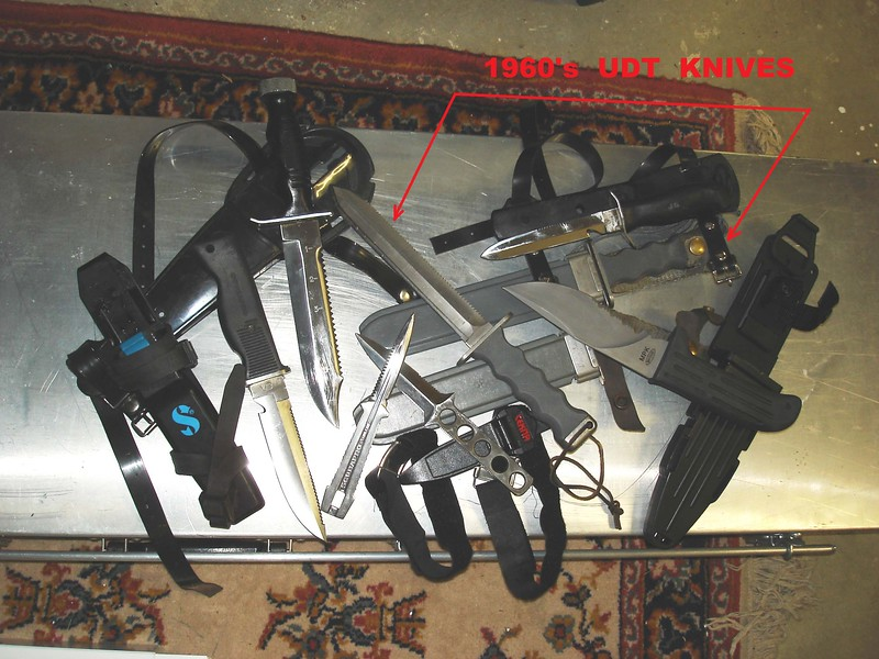 Dive%20Knives%201-L.jpg