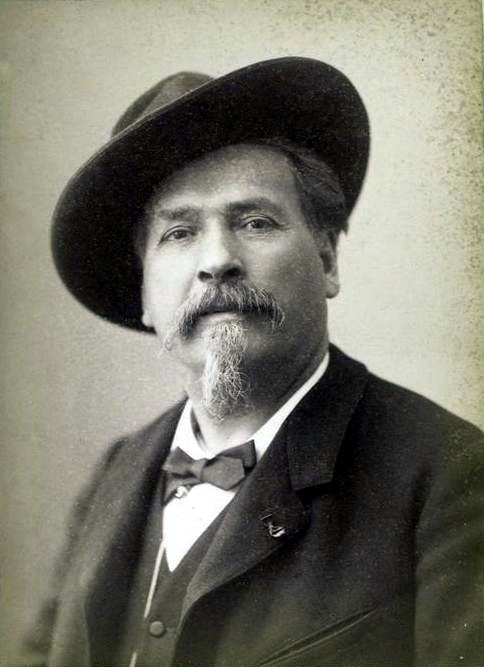 Frederic_Mistral_portrait_photo.jpg