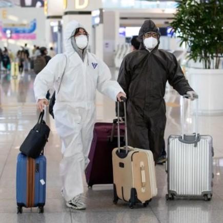 Governments-worldwide-may-make-vaccinations-mandatory-for-international-traveller-Qantas-boss-...jpg