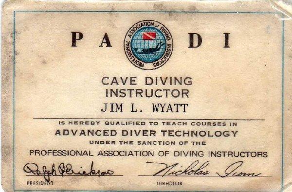PADI_cave2.JPG