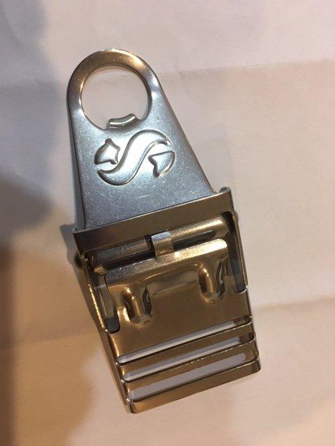 scubapro buckle2.JPG