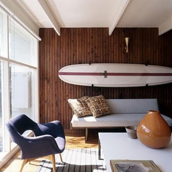 surf-wall-living-room-decor.jpg