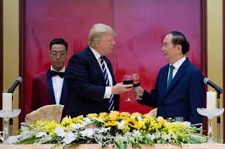 trump-vietnam-dinner.jpe