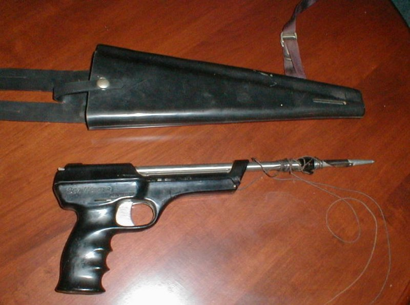 US DIVERS Sea Hunter CO2 cartridge pistol.jpg