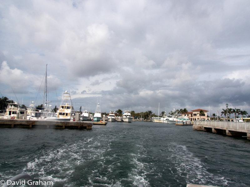 Wake and marina from MV Aurelia resized.JPG