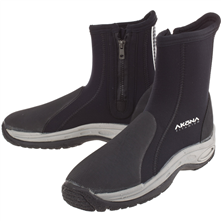 Wet Suit Boot.png